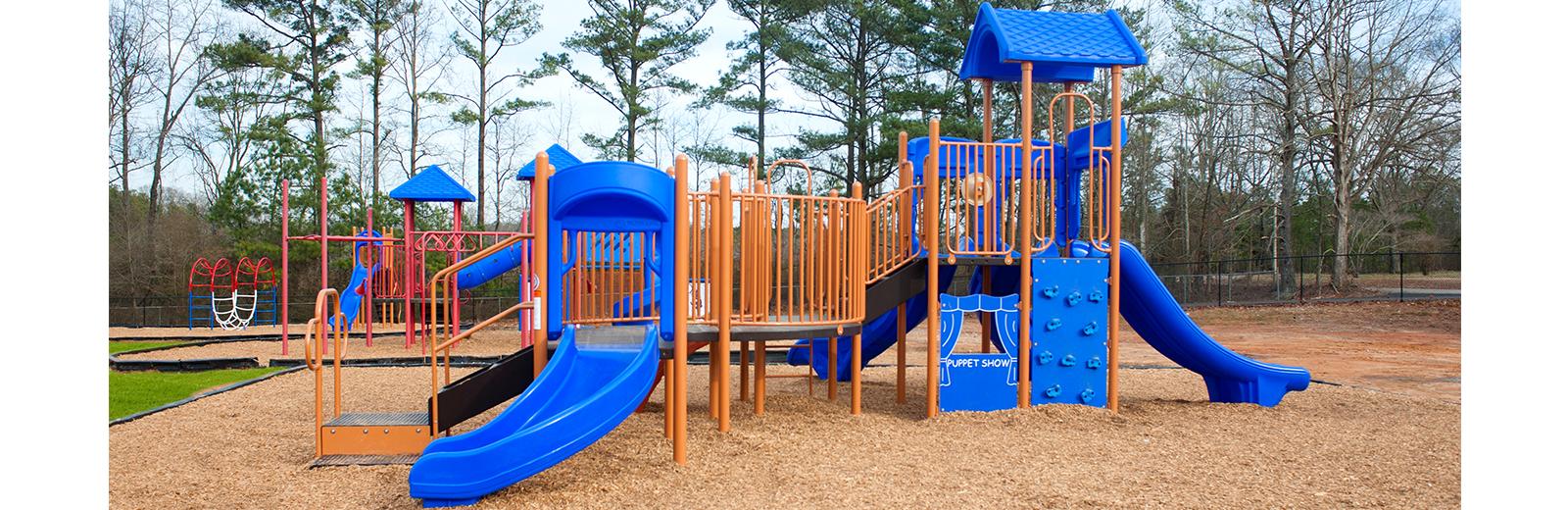 sandy-hill-elementary-playground-equipment