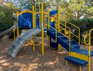 pre-school playground new vista school virginia