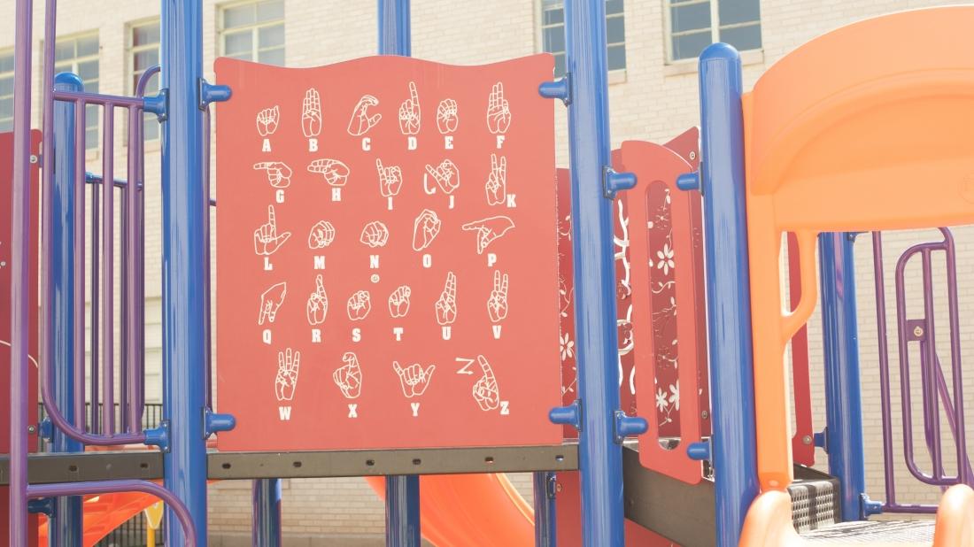 sign-language-play-panel